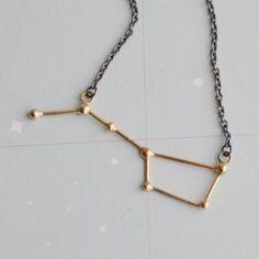 Necklace 'Ursa Major'. Det säger sig självt. Jag måste ha detta halsbandet. Och allt annat för den delen.