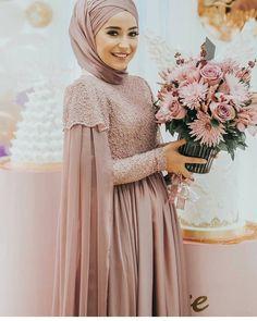 Hijab Wedding Dresses, Wedding Suits, Bridesmaid Dresses, Dress Outfits, Fashion Dresses, Batik Kebaya, Hijabi Girl, Muslim Fashion, Dream Dress