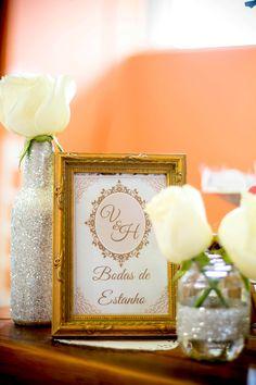 Naked Cake | Bodas de Estanho | Nossas Bodas | Confira e inspire-se nos detalhes de uma festa maravilhosa realizada pelo casal para comemorar os 10 anos juntos.