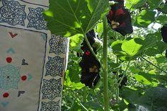 Veľká taška s motívmi kvet-svet, dlaždice /biela, modrá, červená/