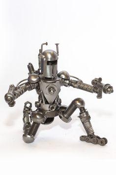Alien Sculpture : scrap / recycled metal and auto parts Model (Set 1) | Scrap Metal Art (small - 18 cm)