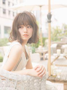 洋服やバッグ・靴でもよく聞く【フリンジ】というワード! ボヘミアンファッションなど流行った時に、みなさん一度は聞いたことがあると思います! ヘアスタイルに使うフリンジとは一体どんなものなのか説明していきたいと思います♪ Hair Reference, Asian Hair, Hair Inspo, Hair Hacks, Asian Beauty, Short Hair Styles, Hair Cuts, Hair Beauty, Hairstyle