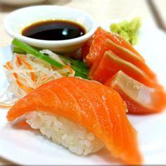 レシピとお料理がひらめくSnapDish - 22件のもぐもぐ - I <3 Salmon!!(((o(*゚▽゚*)o))) by ☆クモミン★♪
