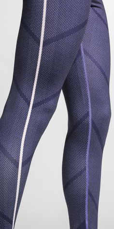 The color of competitive spirit. The Nike Tight of the Moment x France.