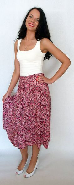 Vintage Red Pink Floral Print Midi Summer Skirt with Elastic Waist Flowers High Waisted Colorful