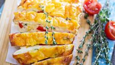Rýchly bryndzový koláč s kapiou   Recepty.sk Slow Cooker Breakfast, Low Carb Breakfast, Breakfast Casserole, Morning Breakfast, Egg Recipes For Breakfast, Brunch Recipes, Vegetable Frittata, Broccoli Quiche, High Protein Low Carb