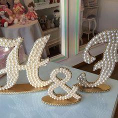 #letrascomperolas #meucasamento #noivas #mesadecorativa arteemperolas #arte #artesanato