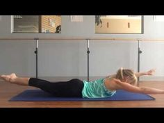 A 9 min Pilates upper body strengthening routine with Robin Long: triceps, biceps back, and shoulders. You'll feel the burn in the power-packed mat workout. Pilates Workout Videos, Pilates Video, Pilates Body, Pilates Barre, Barre Workouts, Ballet Barre, Cardio, Body Pump Workout, Yoga Positions For Beginners