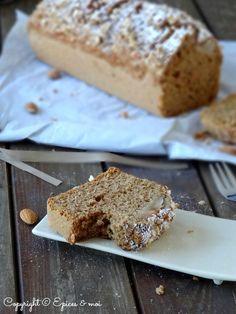 Epices & moi Cake poires amandes 7 Un Cake, Saveur, Banana Bread, Desserts, Food, Almonds, Pears, Recipes, Tailgate Desserts