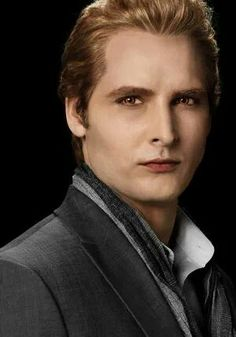 Carlisle Cullen <3 ;)