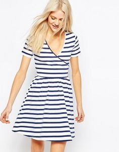 Search: striped dress - Page 1 of 20 | ASOS
