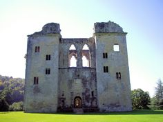 Old Wardour Castle, Wiltshire -An audio tour, included in the ticket price, tells of Old Wardour's eventful past . The badly damaged castle was incorporated into the landscaped grounds of the New Wardour House (not managed by English Heritage, no public access to New Wardour House or grounds).  Today, visitors can still climb the turrets seen in Hollywood blockbuster movie, Robin Hood Prince of Thieves, part filmed here. Distance from Shaftesbury to Tisbury is 9.7 miles.