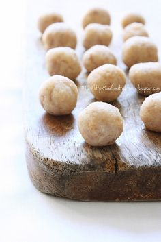Polpettine di fagioli by Una finestra di fronte, via Flickr