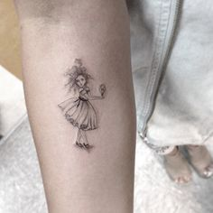 Dr. Woo is a tattoo artist at Shamrock Tattoo in Hollywood, California.Takes a minimalist approach using black and gray fine lines, little color and builds up texture.
