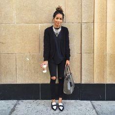 "Julie Sariñana na Instagramie: ""Top knot bun and all black today! ❤️"""