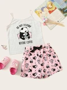 Girls Cartoon & Letter Print Cami Top & Shorts PJ Set – Kidenhouse Source by estivi Cute Pajama Sets, Cute Pjs, Cute Pajamas, Girls Pajamas, Cute Lazy Outfits, Teenage Outfits, Outfits For Teens, Cool Outfits, Pretty Outfits