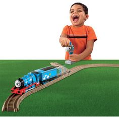 Fisher-Price Thomas and Friends TrackMaster 3-Speed Gordon Remote Control Engine