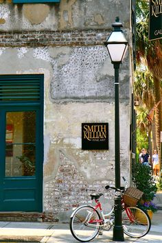 Smith-Killian Fine Art   Charleston, SC... love that door color!!