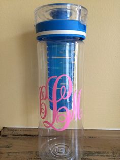 Personalized Infuser Water Bottle by Momograms on Etsy THIS IS ADORABLE! I got one and now I drink so much more water and it's so cute! I love monograms so this is perfect!
