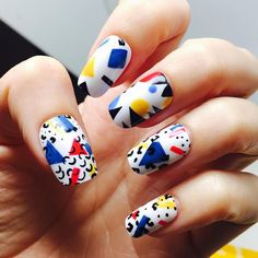 Primary colors and abstract shapes make this nail art AMAZE. #olivenailart
