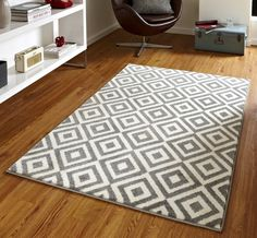 The Matrix Diamond Rug in Grey and White is hand carved which helps emphasise the modern, funky design. An excellent addition to any living space, this rug is stain resistant making this easier to look after. Contemporary Rugs, Modern Rugs, Modern Carpet, Verona, Grey And White Rug, White Rugs, Warm Grey, Grey Yellow, Matrix