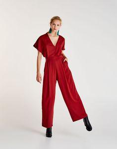 Mono culotte rojo escote pico - Petos y monos - Ropa - Mujer - PULL&BEAR España