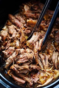 Slow Cooker Sweet Carolina Pulled Pork Sliders are crazy tender, juicy and…