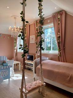 @villalersveen Oversized Mirror, My House, Bed, Furniture, Home Decor, Garden, Youtube, Room, Homemade Home Decor
