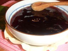 Salsa de arándanos para carne. Ver la receta http://www.mis-recetas.org/recetas/show/25244-salsa-de-arandanos-para-carne