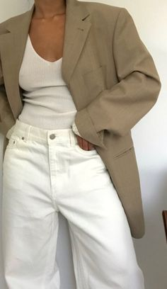 Related posts:Office look that I likeLovely everyday wearLovely stripes and leather look Mode Outfits, Trendy Outfits, Fashion Outfits, Mode Style, Style Me, Looks Street Style, Blazer Outfits, Facon, Minimal Fashion