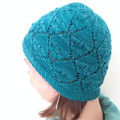 The cloche is very flexible and fits a lot of shapes.