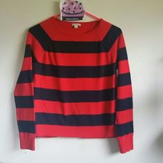 Red and navy Gap sweater 100% cotton super soft red and navy Gap sweater. Excellent condition ! GAP Sweaters Crew & Scoop Necks