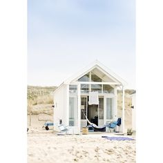 Beach house ❤ liked on Polyvore featuring beach and beach houses