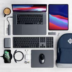 Setup – MacBook Pro & iPad Pro – ONE PIXEL UNLIMITED Electronics Gadgets, Technology Gadgets, Desktop Wallpaper Black, Ipad Pro 3, Little Girl Toys, Back To School Sales, Apple Products, Iphone Models, Macbook Pro