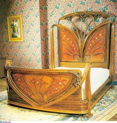 Art Deco bed. Good lord!!  Really!, I too am bowled over.