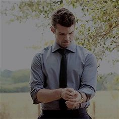 Daniel Gillies, Elijah The Originals, The Originals Characters, Elijah Vampire Diaries, Vampire Diaries The Originals, The Orignals, Werewolf Hunter, Rick And Morty Poster, The Mikaelsons