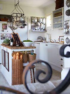 Deposit Santa Mariah: Decorations charming!  #kitchen