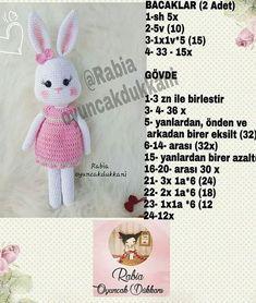 Boa sorte com os amigos . Crochet Dolls, Crochet Baby, Joy And Happiness, Halloween 2020, Amigurumi Doll, Origami, Free Pattern, Bunny, Toys
