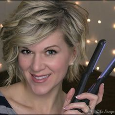 Get this easy, loose style for some everyday sexiness for your do. Watch the video tutorial to learn how.
