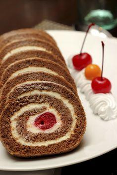 Receta de Pastel de Chocolate y Crema de Jengibre My Recipes, Sweet Recipes, Dessert Recipes, Cake Recipes, Cake Cookies, Cupcake Cakes, Cupcakes, Jelly Roll Cake, Breakfast Dessert