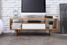 Expert Advice On What To Look For When Buying New Furniture Fresh Living Room, Interior Design, Apartment Decor, Home, Interior, Living Decor, Home Furniture, Furniture Design, Renting A House