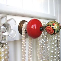Jewelry Organizer with 5 Cute Knobs / by AuntDedesBasement on Etsy