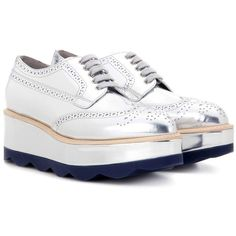 Prada Metallic Leather Platform Brogues (6,270 CNY) ❤ liked on Polyvore featuring shoes, oxfords, silver, brogue oxford, metallic shoes, leather platform shoes, platform oxfords and leather shoes