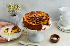 Suolakinuskikakku - Hyvää jyvästä Toffee, Cheesecakes, Good Food, Favorite Recipes, Sweets, Baking, Desserts, Drinks, Sticky Toffee