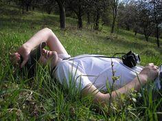 Senne przypadłości i przyzwyczajenia - każdy ma jakiś swój zwyczaj związany ze spaniem - http://cylahuh.com.pl/senne-przypadlosci-i-przyzwyczajenia-kazdy-ma-jakis-swoj-zwyczaj-zwiazany-ze/