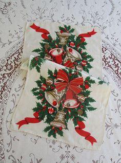Vintage Christmas Print Tea Towel Cotton by VintageLinenGallery