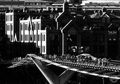 London Millennium Footbridge.  #london #uk #bridge #bridges #british #footbridge #millennium #millenniumbridge #londoner #dutourdumonde #webstapick #resourcemag #nikonphotography #nikonusa #bnw #bnw_society #bnwmood #blackandwhitephotography #dxofilmpack #dxo #architecturelovers #english #photog #photographie #instalondon