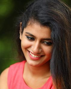 South Indian model and actress Priya Prakash Varrier new picture gallery. New image gallery of actress Priya Prakash Varrier. Beauty Full Girl, Cute Beauty, Beauty Women, Beautiful Girl Indian, Most Beautiful Indian Actress, Beautiful Bollywood Actress, Beautiful Actresses, Actress Priya, Stylish Girl Images
