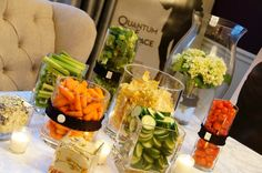 The perfect way to serve shrimp at a james bond party, in martini glasses. James Bond Party, James Bond Theme, Casino Royale, Healthy Foods To Eat, Healthy Snacks, Casino Party Foods, 50 Party, Casino Theme, Casino Cakes