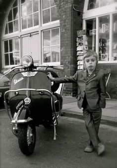 A young Mod in England …